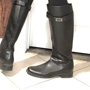 Leather fall boots